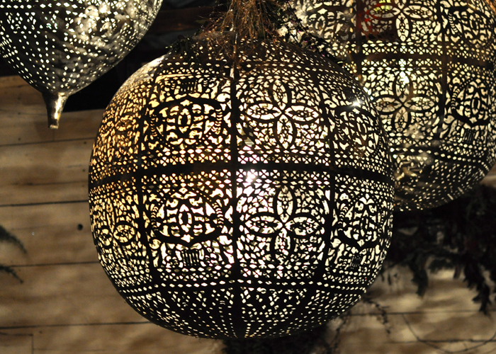 filigree-sphere-lights