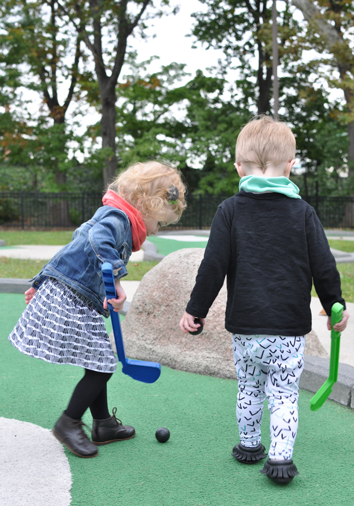 miniature-golf-toddlers