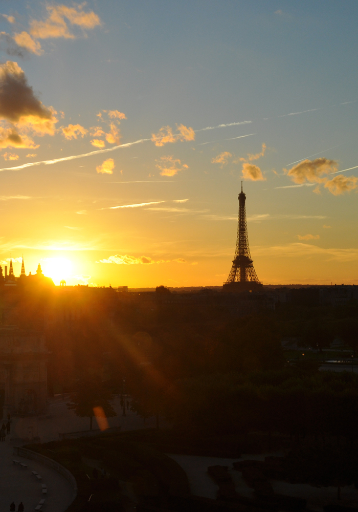 paris-eiffel-tower-sunset